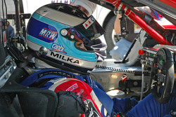 Milka Duno on the starting grid