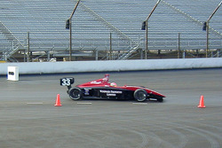 Wade Cunningham follows the arrows into turn 1