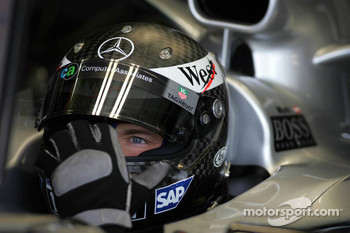 Alexander Wurz tests a new helmet from Arai
