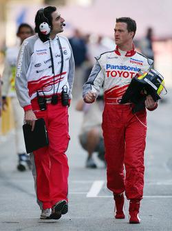 Ralf Schumacher with race engineer Francesco Nenci