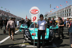 Grid girl for the #9 car