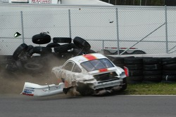 #04 Sigalsport Porsche GT3 Cup: Gene Sigal, Matthew Alhadeff crashes