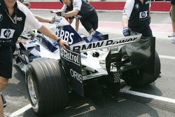 Detail of the rear wing on the Williams-BMW