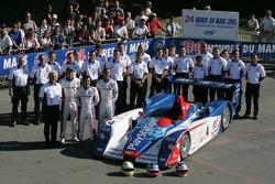 #4 Audi Playstation Team Oreca Audi R8: Franck Montagny, Jean-Marc Gounon, Stéphane Ortelli and team