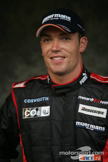 Photoshoot: Robert Doornbos