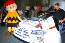 Bill Elliott unveil the Charlie Brown Christmas Dodge
