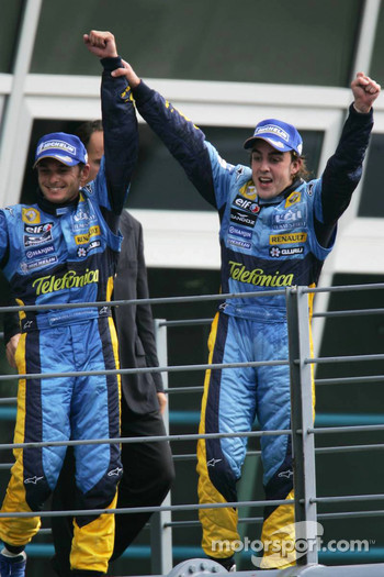 Podium: Fernando Alonso and Giancarlo Fisichella