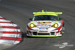 #31 White Lightning Racing Porsche 911 GT3 RSR: Michael Petersen, Patrick Long, Jorg Bergmeister