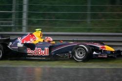 Vitantonio Liuzzi goes off on his opening lap
