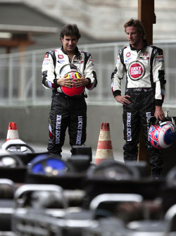 Go-kart event in Sao Paulo: Enrique Bernoldi and Jenson Button