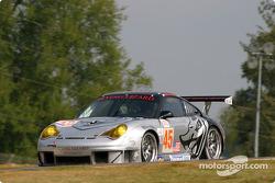 #45 Flying Lizard Motorsports Porsche 911 GT3 RSR: Johannes van Overbeek , Jon Fogarty, Darren Law
