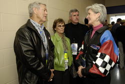 Kansas City Chiefs coach Dick Vermeil and Kansas governor Kathleen Sebelius