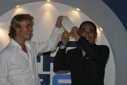 Nico Rosberg accepts his award for winning the GP2 series title