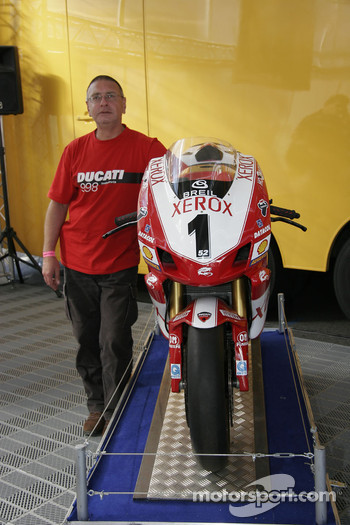 A Ducati Fan With His Beauty