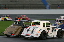 Legends race on the 1/4 mile track