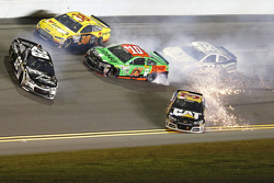 Brian Scott, Richard Childress Racing Chevrolet, Ryan Newman, Richard Childress Racing Chevrolet, Bobby Labonte, GoFAS Racing Ford, Danica Patrick, Stewart-Haas Racing Chevrolet in trouble