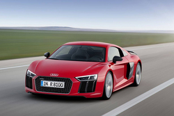 Leaked Audi R8 photos