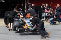 Nico Hulkenberg, Sahara Force India F1 VJM08 in the pits