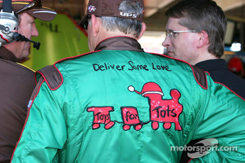 Dale Jarrett shows support for Toys for Tots