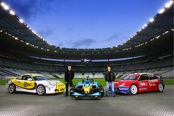 Sébastien Loeb and Stéphane Peterhansel pose with the Citroën Xsara WRC, the Renault F1 and the Porsche GT3 Road Challenge