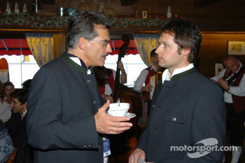 Dr Mario Theissen (BMW Motorsport Director) Andy Priaulx
