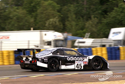 #45 Newcastle United Lister Storm GTL: Geoff Lees, Tiff Needell, George Fouché