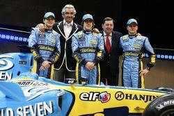 Giancarlo Fisichella, Flavio Briatore, Fernando Alonso, Patrick Faure and Heikki Kovalainen