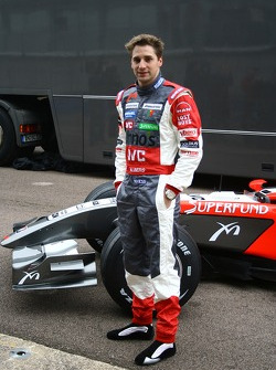 Christijan Albers with the new MF1 Racing M16