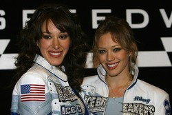 Haylie and Hilary Duff