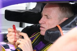 Mark Martin prepares to race
