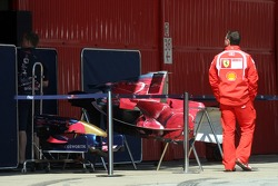 Ferrari mechanic watches Toro Rosso