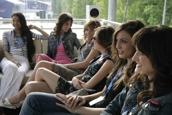 Chilled Thursday: the Formula Unas girls in the Red Bull Energy Station