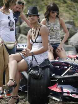 Red Bull goes off track: Formula Unas girls and a Scuderia Toro Rosso racing car