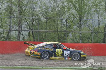 In the gravel at Rivage - #75 Perspective Automobiles Porsche 996 GT3 RSR: Nigel Smith, Joao Barbosa, Philippe Hesnault