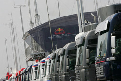 Red Bull Racing engineers tree house