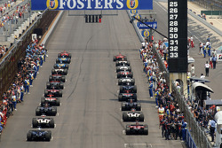 The field leaves for the formation lap