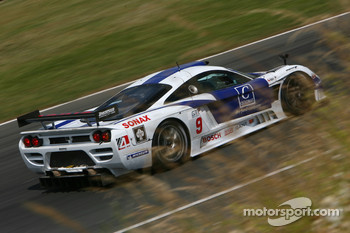 #9 Zakspeed Racing Saleen S7 R: Sascha Bert, Jarek Janis