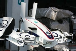 BMW Sauber front wing with the new vertical winglets
