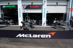 McLaren pitboxes without the name of Montoya - the sign for De la Rosa was not finished yet