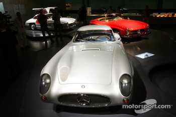DaimlerChrysler Mercedes media warmup event: Mercedes-Benz 300 SLR