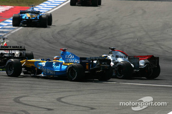 Jenson Button and Pedro de la Rosa overtake Fernando Alonso