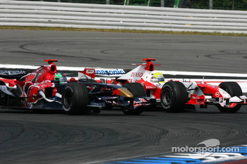 Vitantonio Liuzzi and Ralf Schumacher