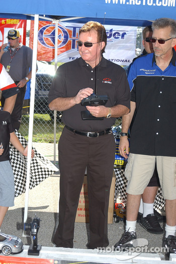 RC cars challenge: Richard Childress
