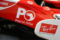 Petrol Ofisi on the Honda Racing F1