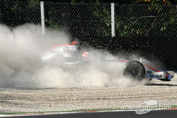 Gary Paffett in trouble