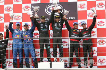 GT1 podium: class and overall winners Jamie Davies and Thomas Biagi, with second place Karl Wendlinger and Philipp Peter, and third place Jean-Denis Deletraz and Andrea Piccini