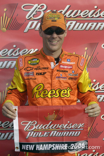Pole winner Kevin Harvick
