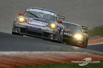 #75 Ebimotors Porsche 996 GT3 RSR: Emmanuel Collard, Luca Riccitelli