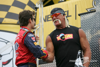 Jeff Gordon meets Hulk Hogan
