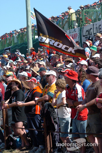 Fans listen to the Vale of Peter Brock